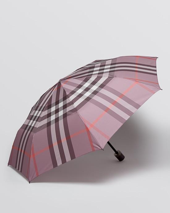mauve burberry umbrella