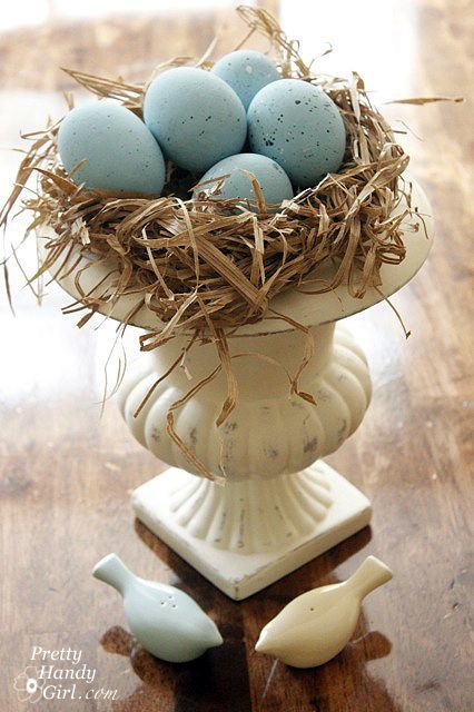 Robin's Nest Urn and Centerpiece