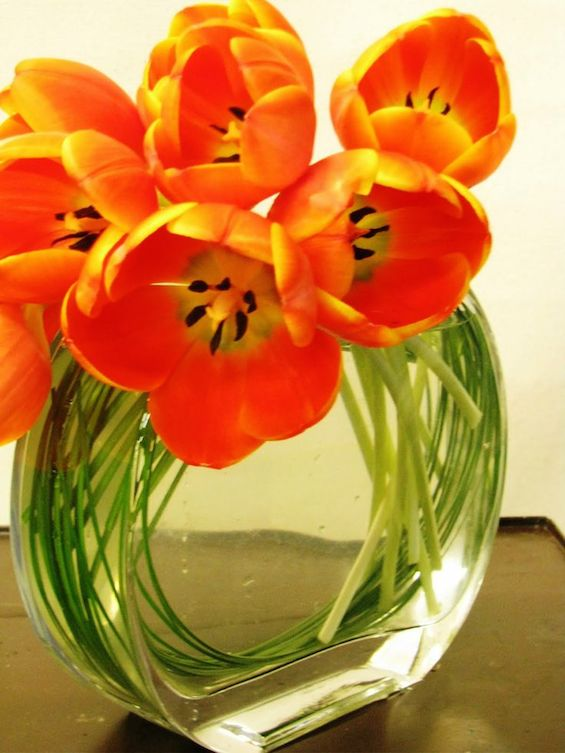 How To Style Tulips For Spring Arrangements