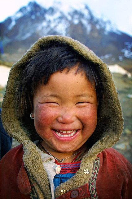 A collection of cute kids in Autumn scenes.  This child from Tibet has an infectious smile!  Makes me smile!