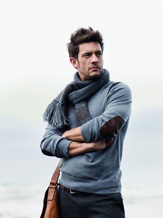 Men's Sweater with Scarf