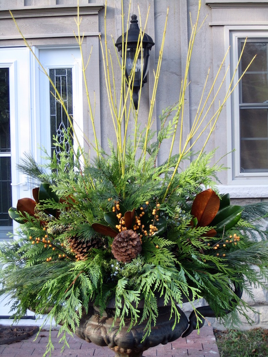 christmas bulbs add sparkle to your holiday urn - Decorating Front Porch Urns For Christmas