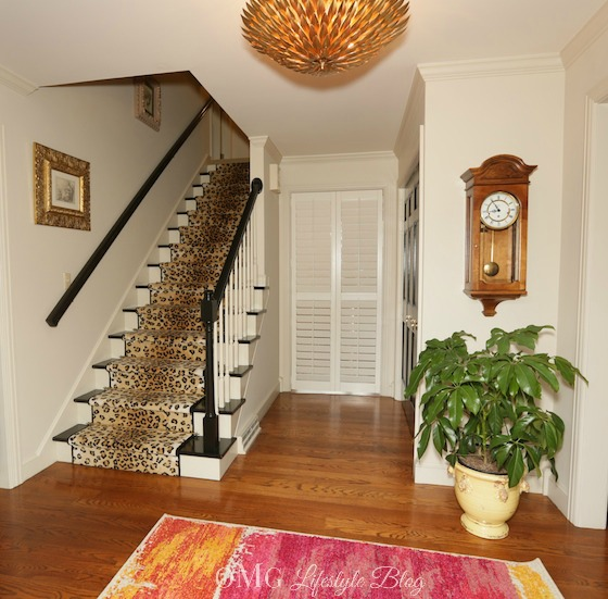 My Foyer Staircase Reveal : One room challenge final reveal of foyer week