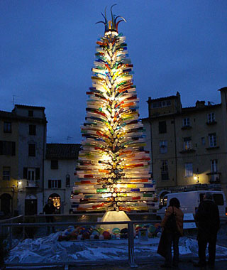 Christmas Lights in Italy and Around the World