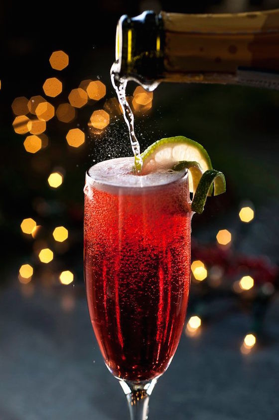 Christmas Spritz Prosecco with Pomegranate Juice