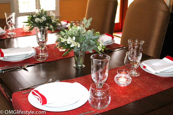 Casual Holiday Table Setting | Use Pashminas as table runners & Casual Yet Elegant Holiday Table Setting | OMG Lifestyle Blog