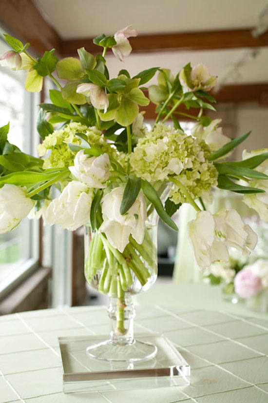 Floral sympathy arrangement for the home