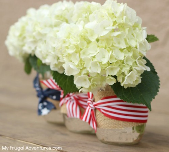 Patriotic Mason jars add a festive touch to your 4th of July, Memorial or Labor Day Tables
