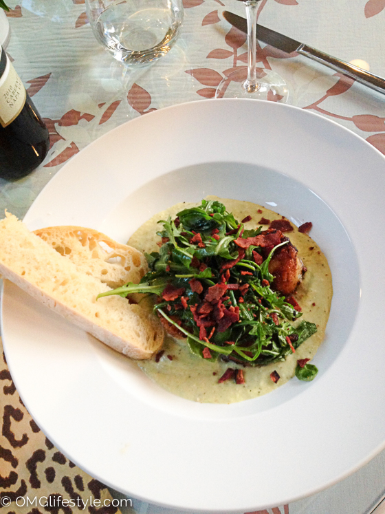 Seared Scallops with Bacon, Arugula and Lima Bean Puree