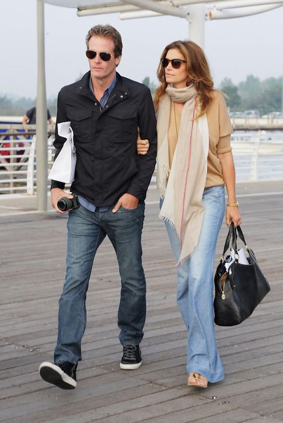 Cindy Crawford at Venice Airport