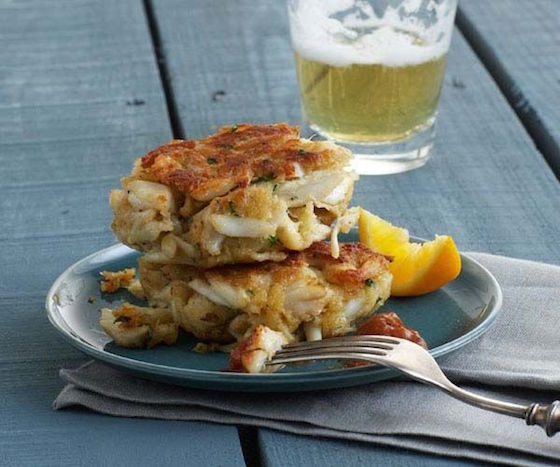 Recipe of the Week – Classic Maryland Crab Cakes