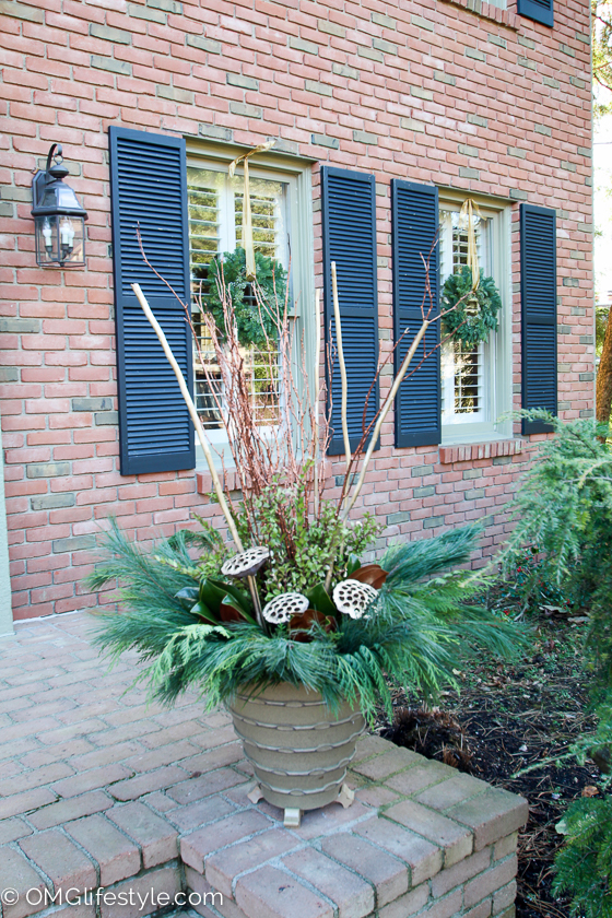 Merry and Bright Holiday Home Tour - OMG Lifestyle Blog - Festive Holiday Pots