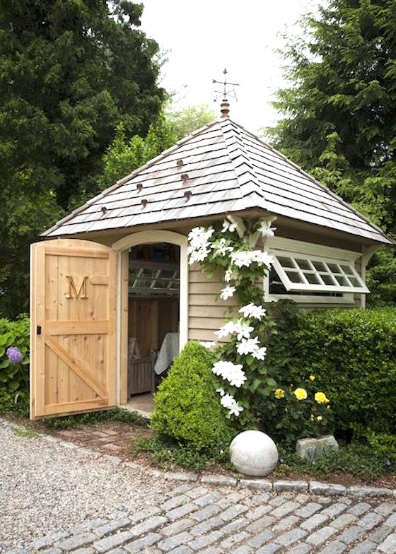 9 attractive garden sheds omg lifestyle blog for Name something you keep in a garden shed