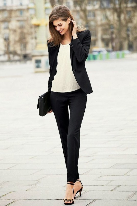 Black and White Summer Business Attire