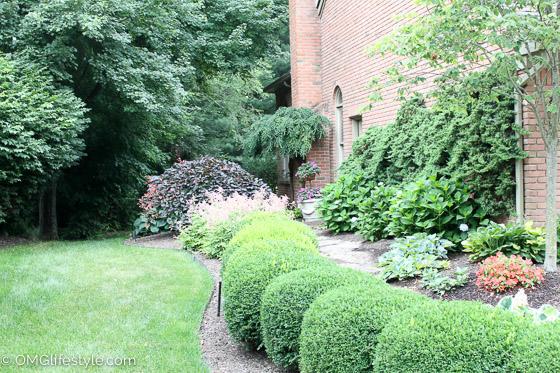 Inviting Side Yard Landscaping Omg Lifestyle Blog