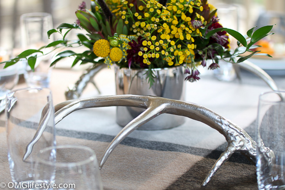 Love using antlers in my fall tablescape