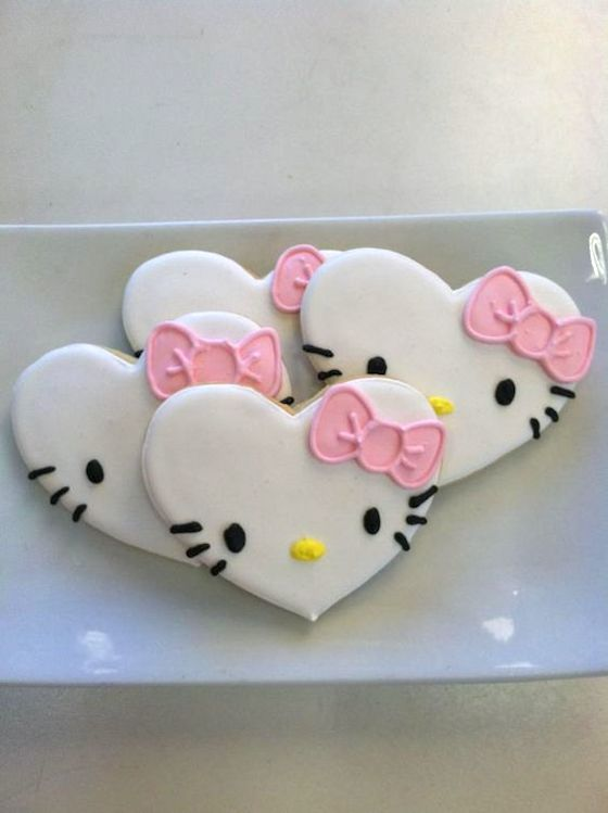 Hello Kitty Heart Shaped Cookies